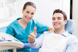 Dental-Hygienist